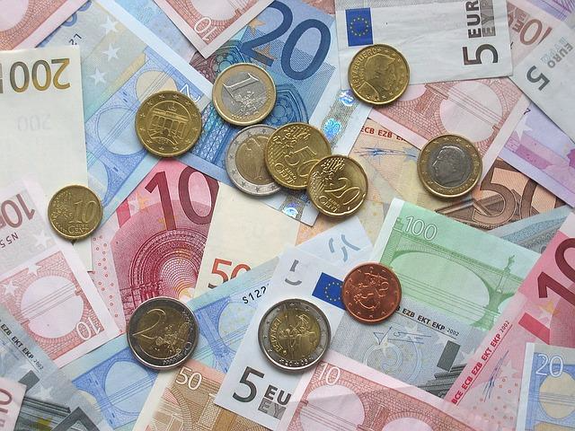 rekeningen betalen met automatische incasso blijft populair